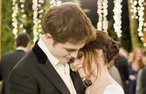 Xem và chọn ngày đẹp cưới hỏi theo tuổi vợ chồng